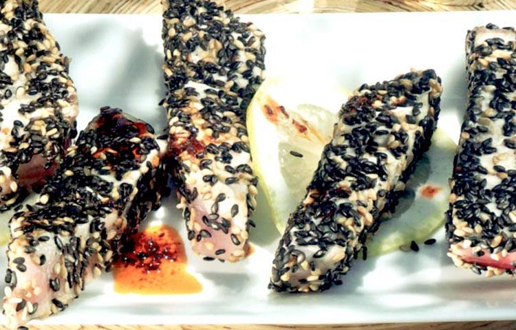 Receta de Cocina paso a paso: Barritas de Atún con Sésamo