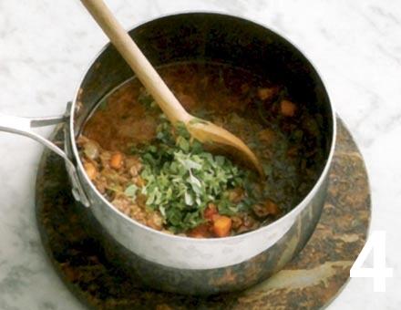 Preparacion de Tagliatelle con Salsa de Carne - Paso 4