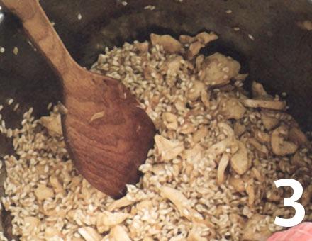 Preparacion de Risotto de Pollo con Azafrán - Paso 3