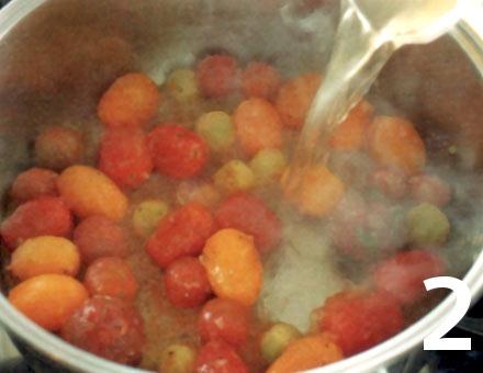 Preparacion de Medallones de congrio sobre Ragú de Tomates - Paso 2