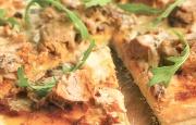 Preparación de Pizza de Atún