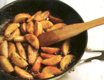 Preparacion de Manzana Caramelizada con Nueces - Paso 2