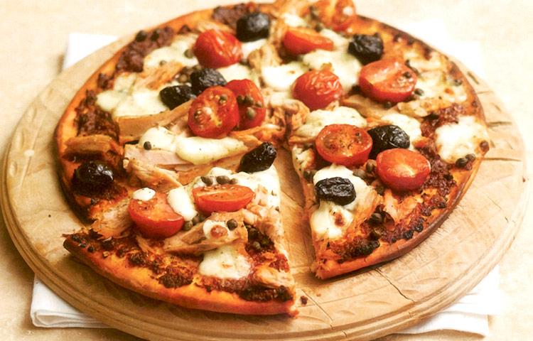 Receta de Cocina paso a paso: Pizza de Atún Rápida