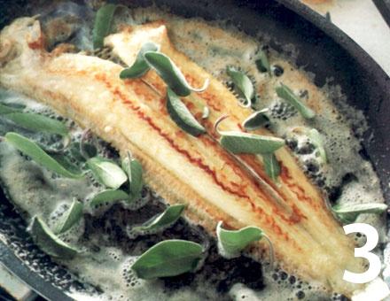Preparacion de Lenguado a la Mantequilla de Salvia - Paso 3