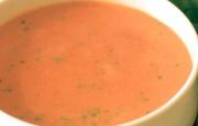 Preparación de Sopa de Tomate