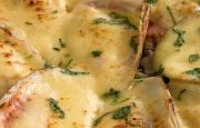 Preparación de Machas a la Parmesana