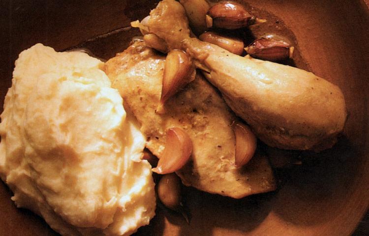 Receta de Cocina paso a paso: Pollo con 40 dientes de Ajo