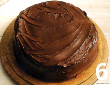 Preparacion de Pastel con Dulce de Chocolate - Paso 6