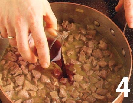Preparacion de Paccheri con Ragú de Cordero - Paso 4