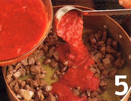 Preparacion de Paccheri con Ragú de Cordero - Paso 5