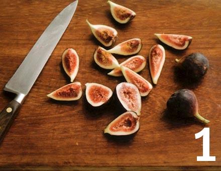 Preparacion de Receta de Cocina: Ensalada de Jamón y Salame con Higos - Paso 1