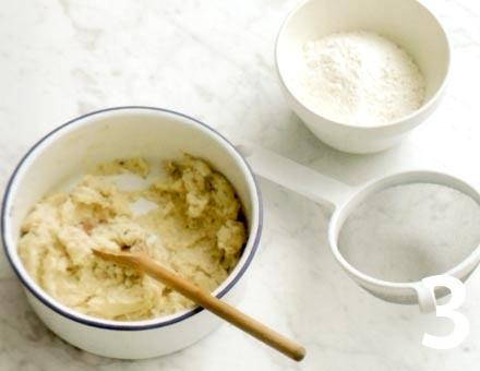 Preparacion de Receta de Cocina: Gnocchi con Pesto de Nueces - Paso 3