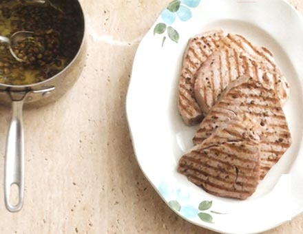 Preparacion de Receta de Cocina: Atún a la Plancha - Paso 4