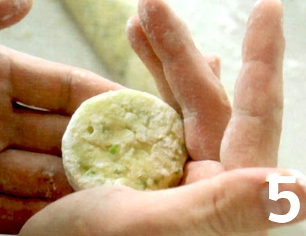 Preparacion de Receta de Cocina: Tortitas de Papa - Paso 5