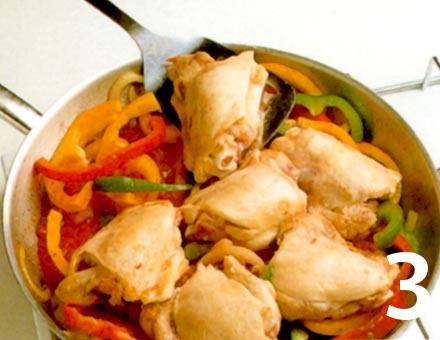 Preparacion de Receta de Cocina: Pepperonata de Pollo - Paso 3