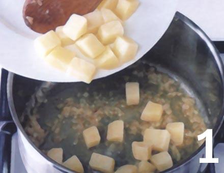 Preparacion de Crema de Choclo, Papas y Queso - Paso 1