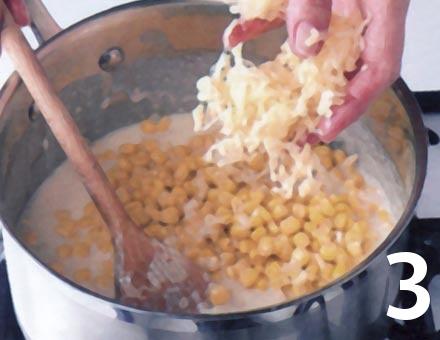 Preparacion de Crema de Choclo, Papas y Queso - Paso 3