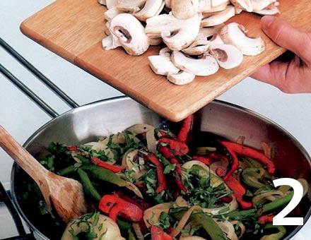 Preparacion de Fajitas de Verduras - Paso 2