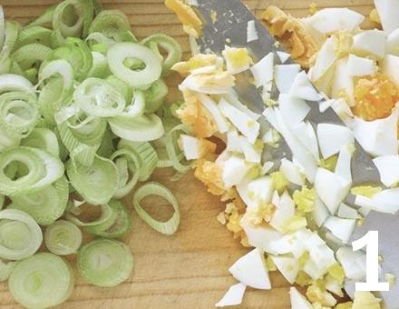 Preparacion de Ensalada de Pasta con Atún y Huevo - Paso 1