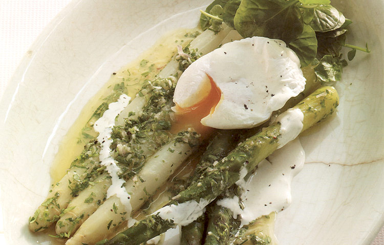 Receta de Cocina paso a paso: Ensalada de Espárragos con Huevo