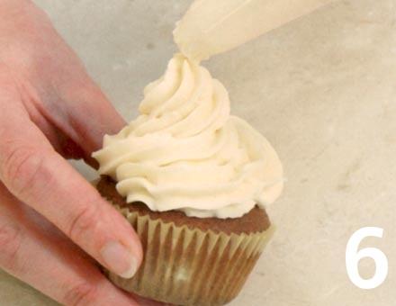 Preparacion de Cupcakes de Café y Nueces - Paso 6