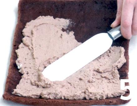 Preparacion de Brazo de Reina de Chocolate con Castañas - Paso 5